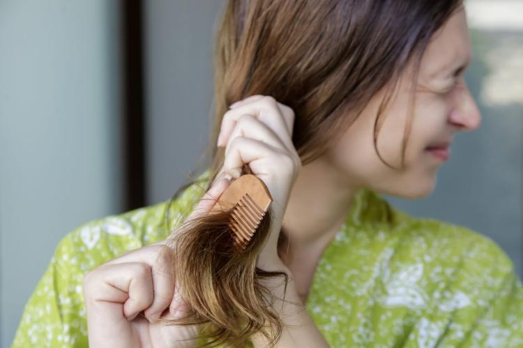 Saçlarım Neden Bu Kadar Cansız? Sağlıklı Saçların Sırrını Açıklıyoruz!-1