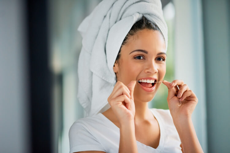 Diş Etlerinizi Sağlıklı Tutmanın 6 Yolu-1