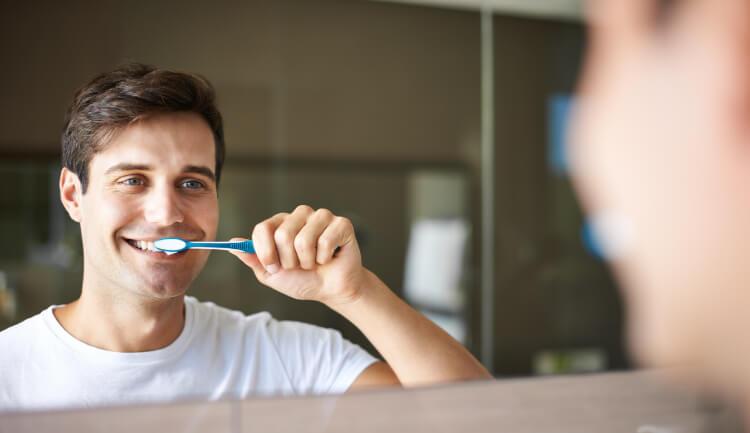 Diş Etlerinizi Sağlıklı Tutmanın 6 Yolu-2