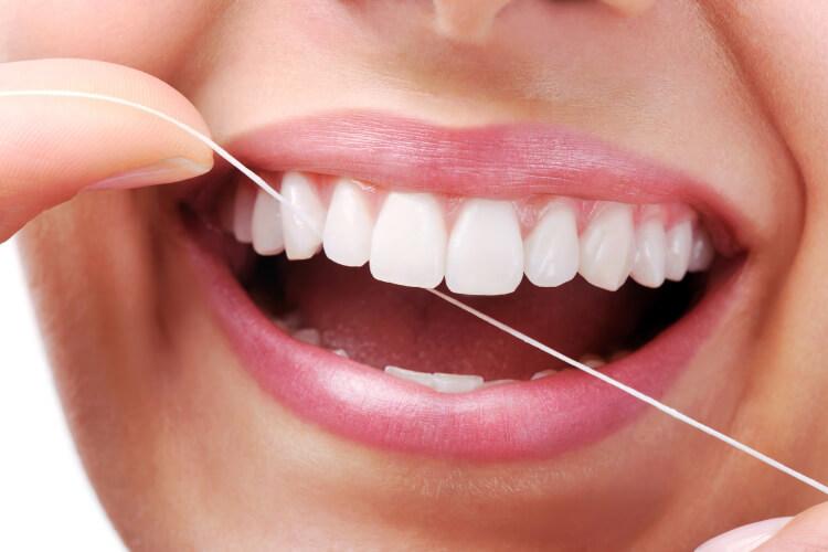 Diş İpi Kullanmanın 5 Faydası-3