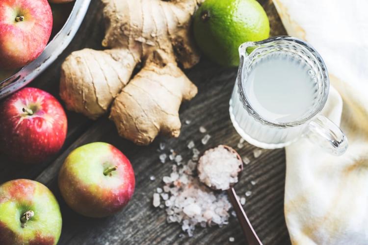 Mutfaktaki Malzemeler ile Yaşlanma Lekelerini Giderin-3