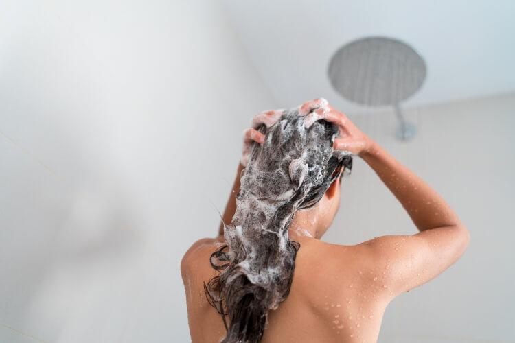 Doğru Saç Yıkama Rutini Nasıl Olmalı?-1