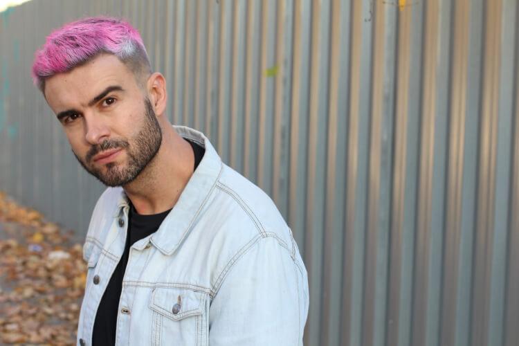 Trend Alarmı: Erkeklere Özel Punk Saç Modeli-2