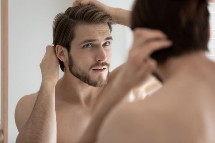 Erkeklerde Yağlı Saç Problemi Nasıl Önlenir? -1