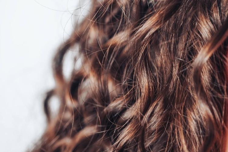Saçı Kıvırcık Yapma: Evde Kolay ve Pratik Yöntemler-5