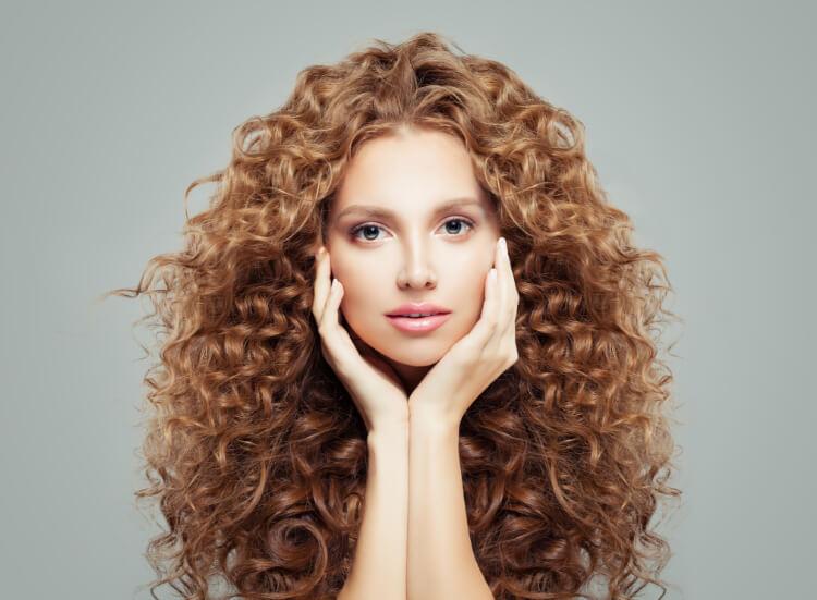 Kabarık Dalgalı Saç Nasıl Yapılır?-1