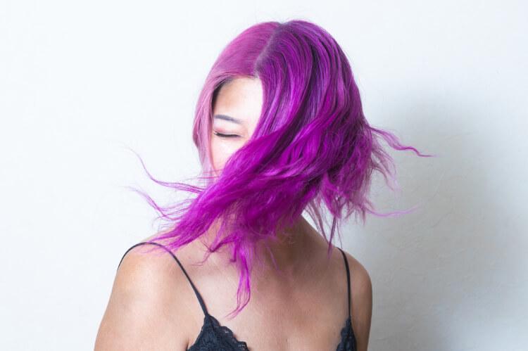 Patlıcan Moru Saç Rengi Kimlere Yakışır?-2