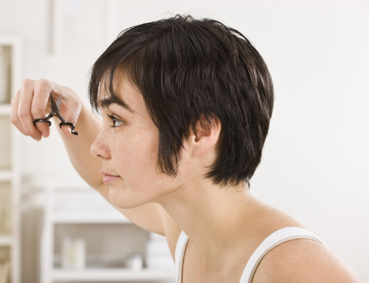 Evde Saç Nasıl Kesilir? -1