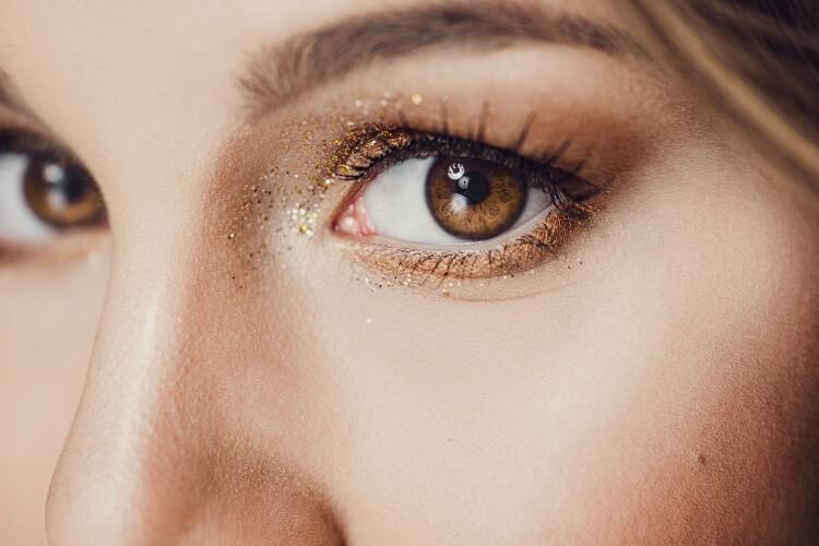 Ela Göz Makyajı-1