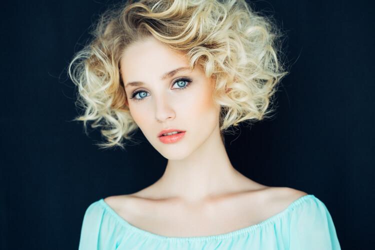 İnce Telli Saçları Dolgun Gösteren Saç Modelleri-1