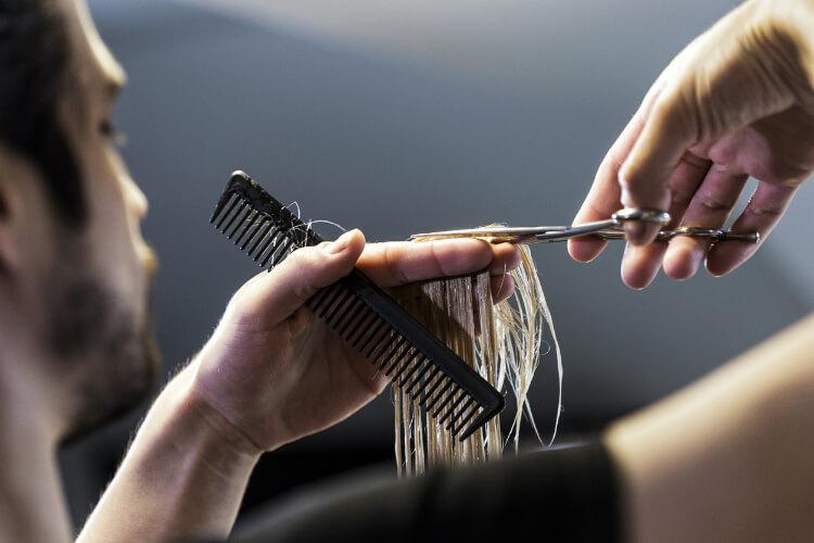 Düzenli Kestirmek Saçı Uzatır Mı?-1