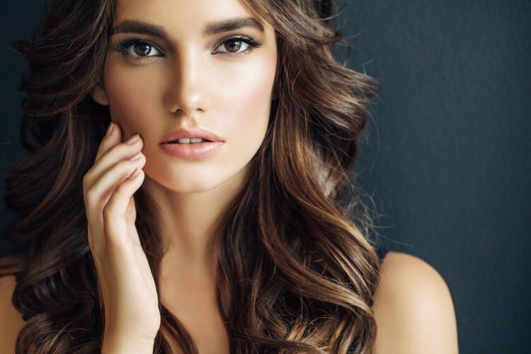 Saç Trendi: Kaplan Gözü Saç Rengi-2