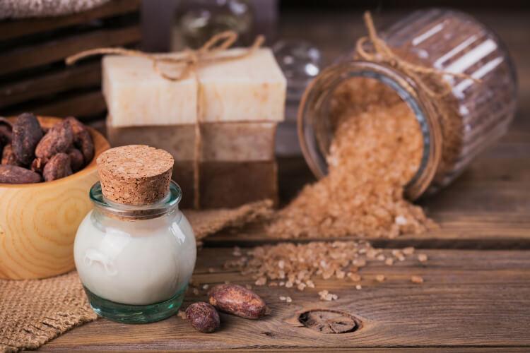 Kakao Yağı Nedir, Nasıl Kullanılır?-1