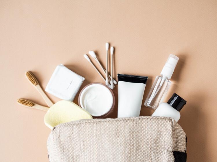 Doğru ve Temiz Bir Makyaj Çantası Nasıl Hazırlanır?-1