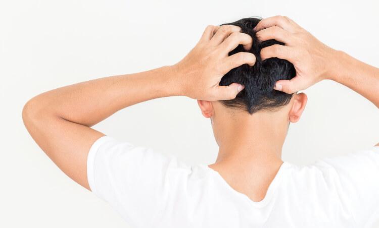 Saç Derisinde Kaşıntı Neden Olur, Nasıl Geçer?-1