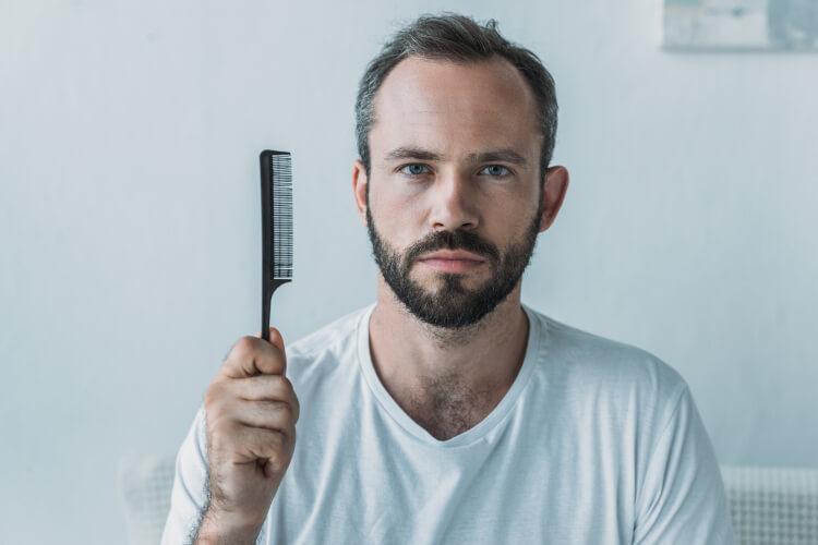 Saç Dökülmesinin Duygusal Etkileriyle Nasıl Başa Çıkılır?-1
