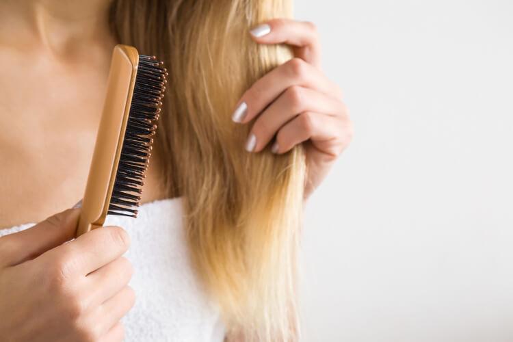 Saç Fırçanızı Ne Zaman Ve Neden Değiştirmelisiniz?-1
