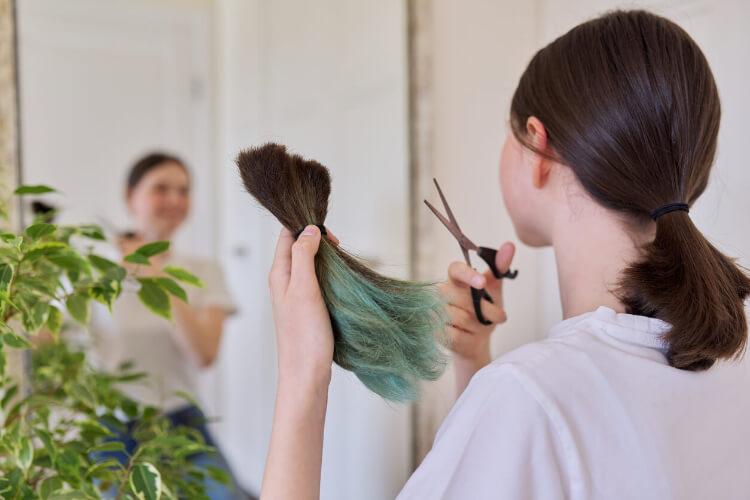 Evde Düz Saç Nasıl Kesilir?-1