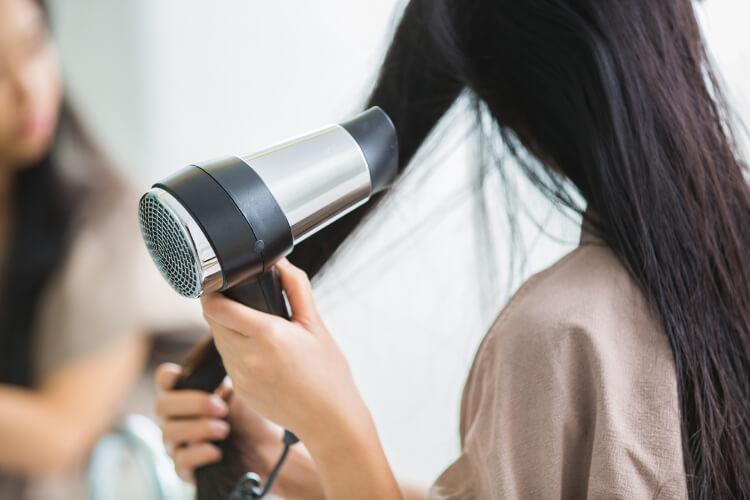 Koyu Renkli Saçlarınız Sağlıkla Parlasın-2