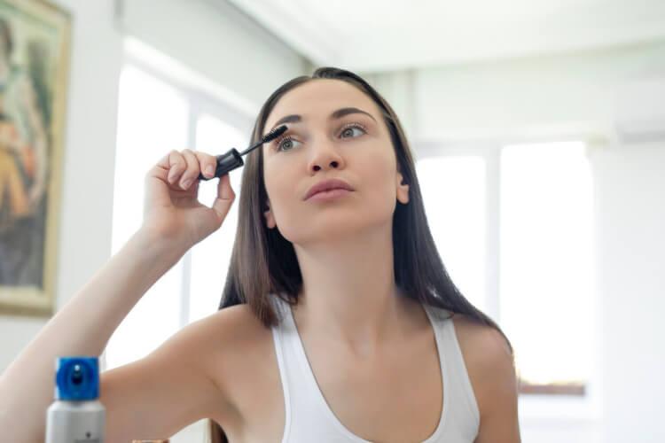 En İyi Makyaj İçin Gerekli 9 Temel Malzeme-2