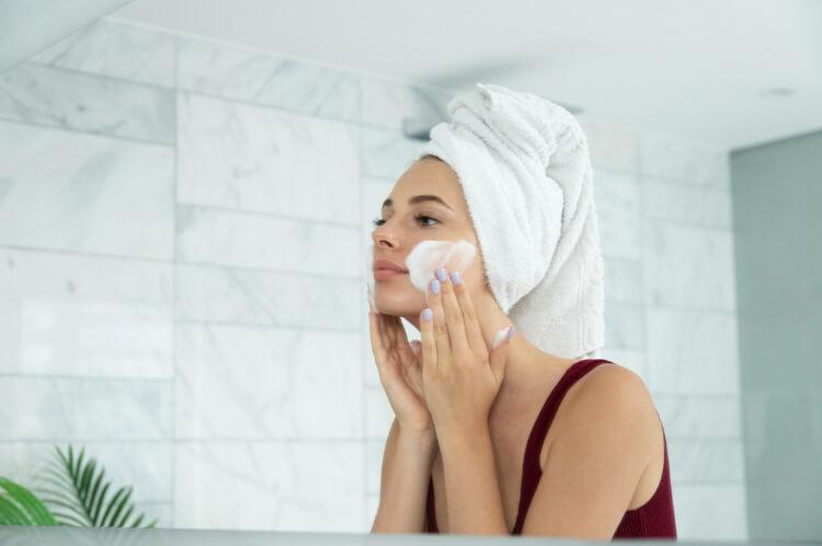Güzellik Rutininizi 5 Adımda Temiz İçerikli Hale Getirin-5