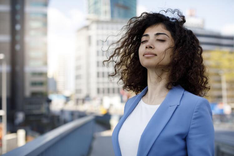 Stres Sebebiyle Oluşan Terlemeleri Yönetebilirsiniz-2