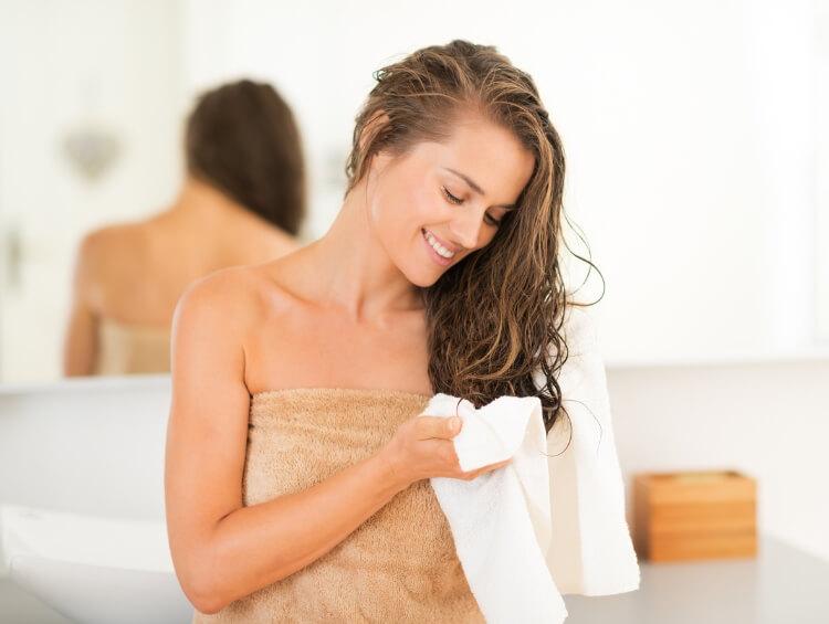 Saç Neden Yağlanır? Saçlarınızın Hızlı Yağlanmasını Önleyin-3