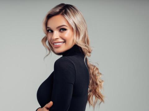 Akrep Kadınları İçin Saç Önerileri-10