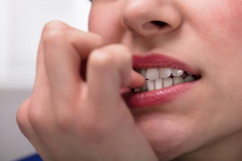 Dişlerinize Zarar Veren 5 Alışkanlık-2