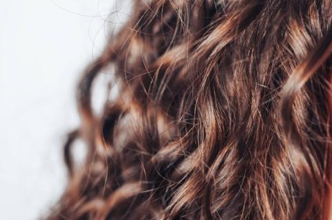 Saçı Kıvırcık Yapma: Evde Kolay ve Pratik Yöntemler-6
