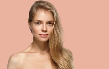 Altın Sarısı Saç Rengi Hakkında Bilmeniz Gerekenler