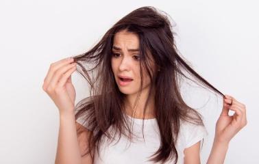 Saçlarım Neden Bu Kadar Cansız? Sağlıklı Saçların Sırrını Açıklıyoruz!