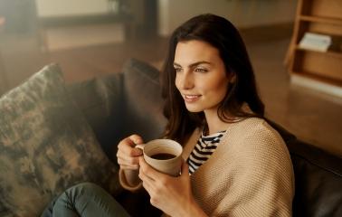 Dişlerinizi Lekeleyebilecek 7 Yiyecek ve İçecek - Saç Bakım Güzellik