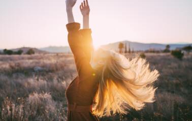 Doğal Sarı Saç Renkleri Hakkında Bilmeniz Gereken Her Şey