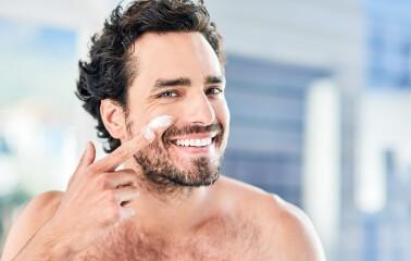 Erkeklerin Cilt Bakım Rutini Nasıl Olmalı?