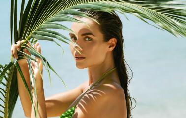 Deniz Tuzu Etkili Saç Spreyi İle Yazı Getirin - Saç Bakım Güzellik