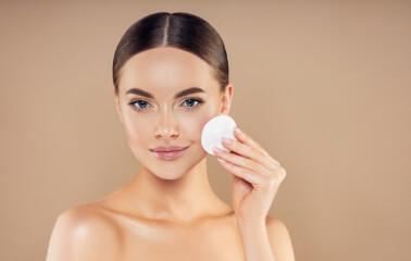 Makyaj Temizliğinin Önemi