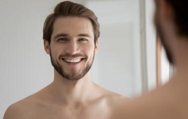 Erkekler için Yandan Ayrılmış Saç Modelleri