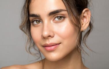 Yağlı Cilt Bakımı Rehberi: 4 Adımda Etkili Bakım - Saç Bakım Güzellik