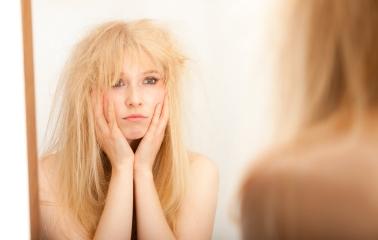 Elektriklenen Saçlar İçin Hızlı ve Kolay Çözümler