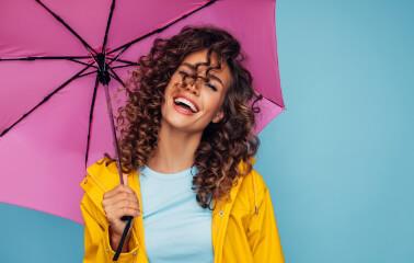 Soğuk ve Yağmurlu Hava İçin Saç Stili Önerileri