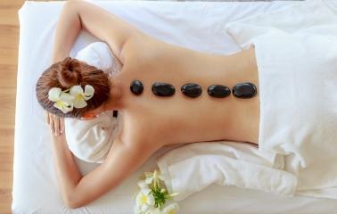 Aromaterapi Masajıyla Hem Vücudunuzu Hem Zihninizi Sakinleştirin