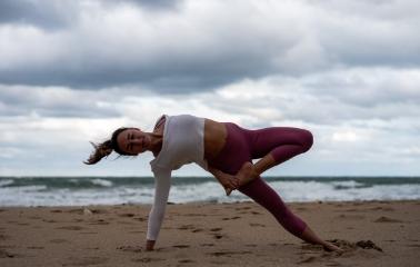 Yoga mı Pilates mi? Hangisi Sizin İçin Daha İyi?