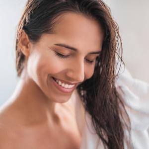 Duştan Sonra Saç Bakımı