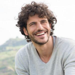 Erkekler için Dağınık Saç Modelleri