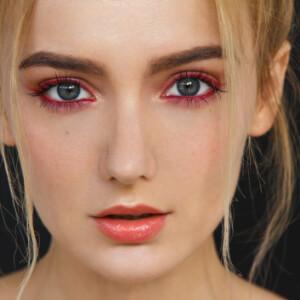 Göz Makyajınızı Göz Şekliniz Belirlesin