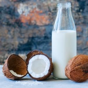 Hindistan Cevizi Sütü Hindistan Cevizi Yağından Daha Mı İyi?