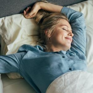 Yatak Odanızı Serin Tutmak İçin 9 Öneri